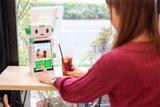NCT、タブレット一体型ロボット「こくり」販売開始